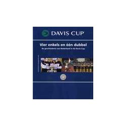DAVIS CUP. Vier enkels en één dubbel.