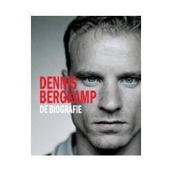 DENNIS BERGKAMP. DE BIOGRAFIE. LUXE VERSIE IN CASSETTE.