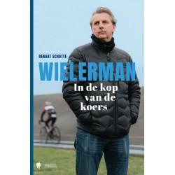 WIELERMAN. IN DE KOP VAN DE KOERS.