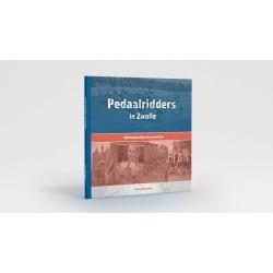 PEDAALRIDDERS IN ZWOLLE.