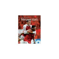 NIEUWE START. AZ JAARBOEK 2009-2010.  !!! UITVERKOCHT